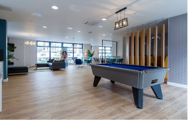 Reception lounge pool table 2